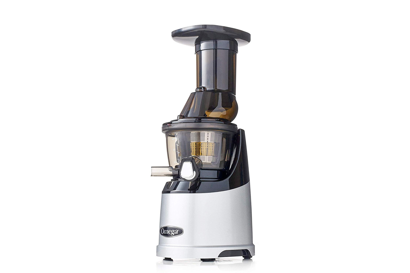 Omega MMV700S MegaMouth Vertical Low-Speed Juicer Review | HeartyBlends.co